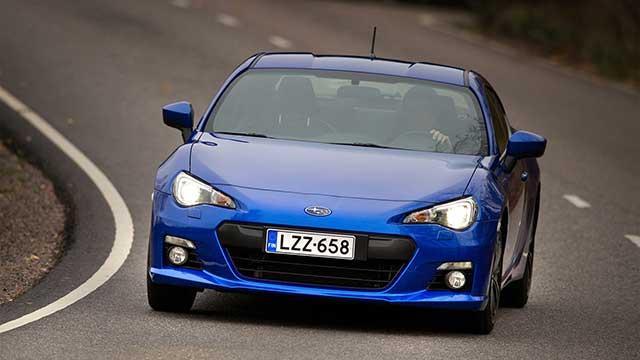 Auton uusi autoverollinen hinta manuaalivaihteisena on 34 985,85 euroa ja automaattivaihteisena 35 831,45 euroa.