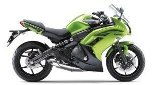 Kawasaki ER-6 F Halvin 1 178 € Kallein 2 839 € Ero 1 661 €