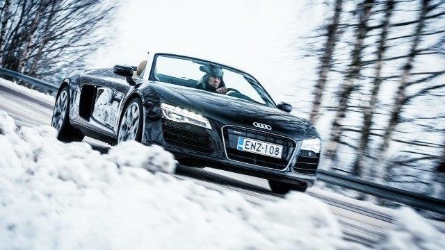 Superauton talvihaaste: unelmakoeajossa Audi R8