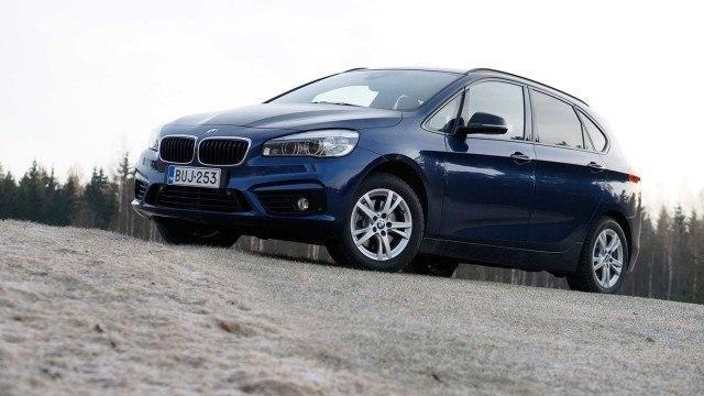 Koeajo: nelivetoinen ja tilava BMW 220d xDrive