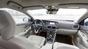 Volvo_V40_Cross_Country_T5_AWD_LA-22