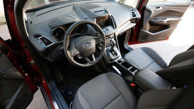 Ford-C-max012