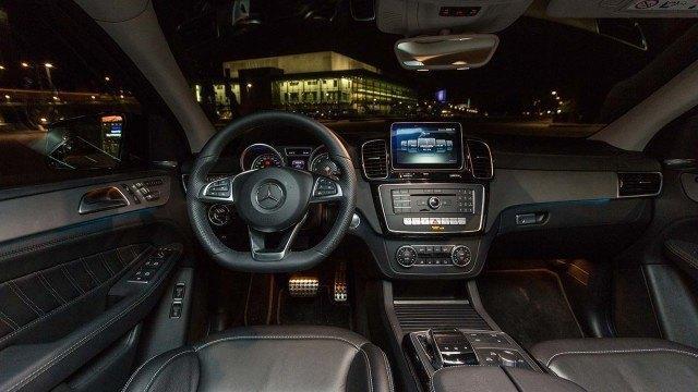 Mercedes-Benz_GLE_350d_Coupe_2015_LA-6