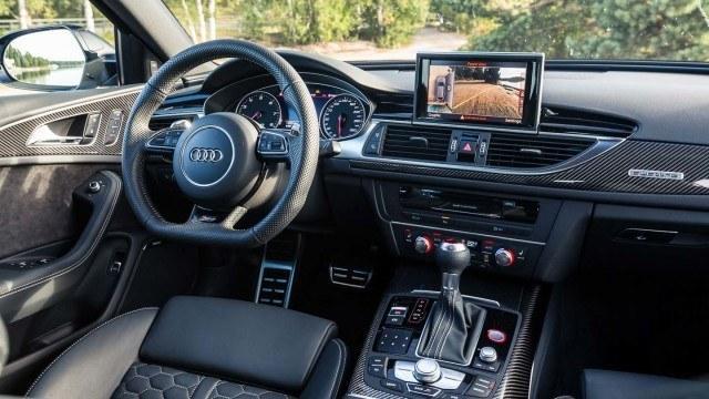 Audi_RS6_facelift_2015_LA-12