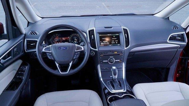 Ford-Galaxy-016