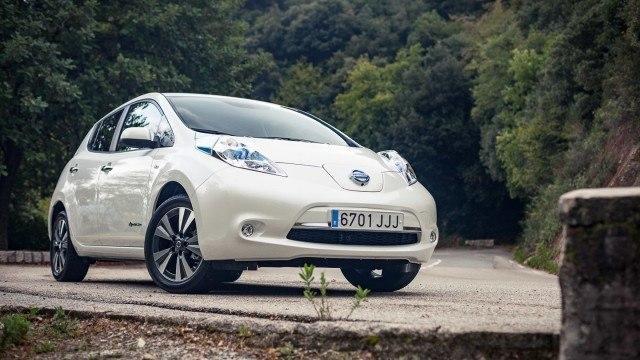 Nissan_Leaf_col_de_Turinilla_2015_LA-2