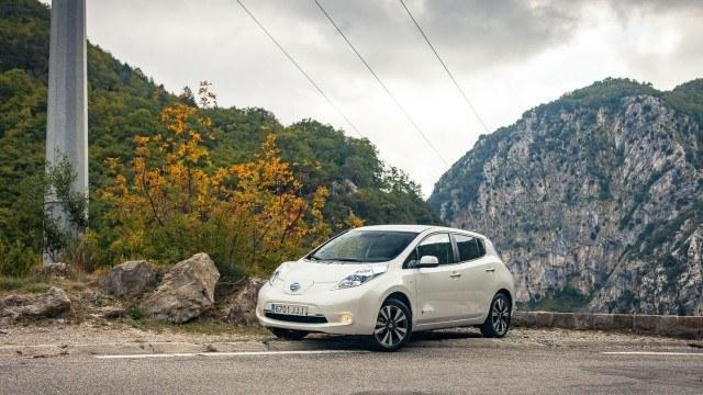 Nissan_Leaf_col_de_Turinilla_2015_LA-5