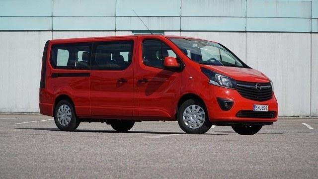 Koeajo: tilava Opel Vivaro Combi