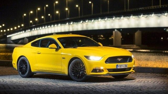 Ford_Mustang_GT_2015_LA1