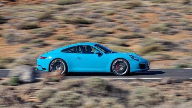 Porsche_911_Carrera_facelift_2015L-27
