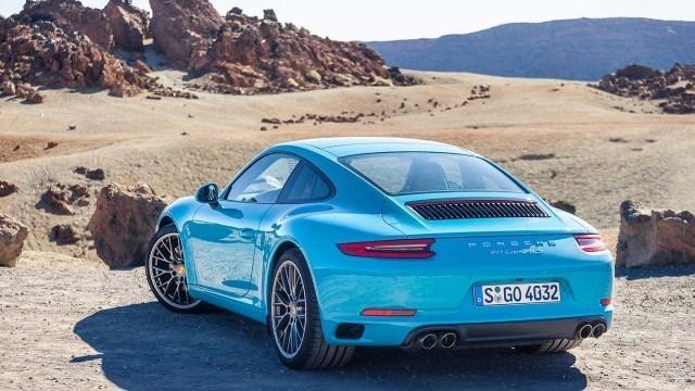 Porsche_911_Carrera_facelift_2015L-35