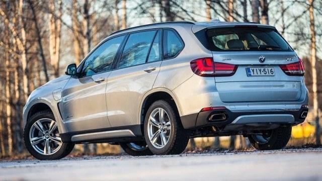 BMW_X5_xDrive40e_2015_LA-1