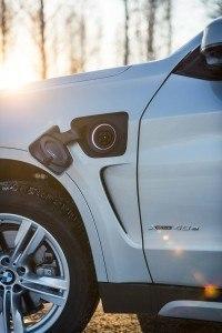 BMW_X5_xDrive40e_2015_LA-6