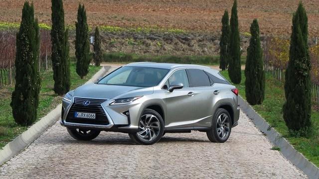 Koeajo: neljännen sukupolven kaupunkimaasturi – Lexus RX