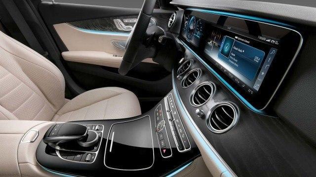 Mercedes-Benz_E-sarja_2016_W213_7