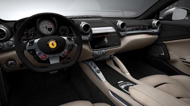 Ferrari_GTC4_Lusso_2016_4