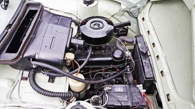 Ford-Anglia-002