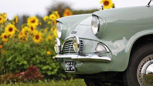 Ford-Anglia-039