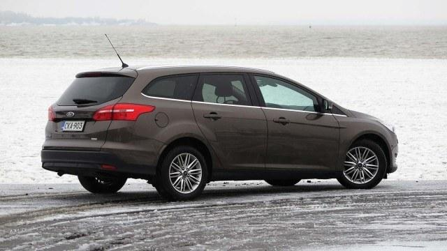 Ford_Focus_1.0_Wagon_1.0_Ecoboost_autom_2016_PM_6