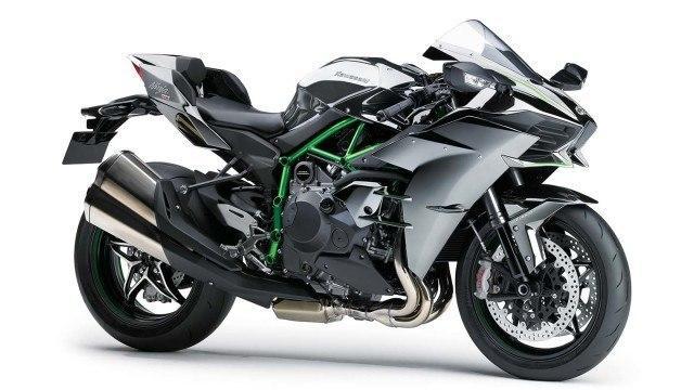 Koeajo: Kawasaki näyttää kyntensä – Ninja H2