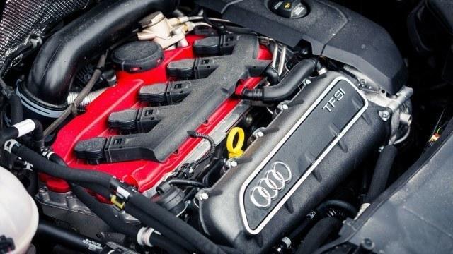 Viitoskone on yhteinen Audi RS 3:n kanssa.