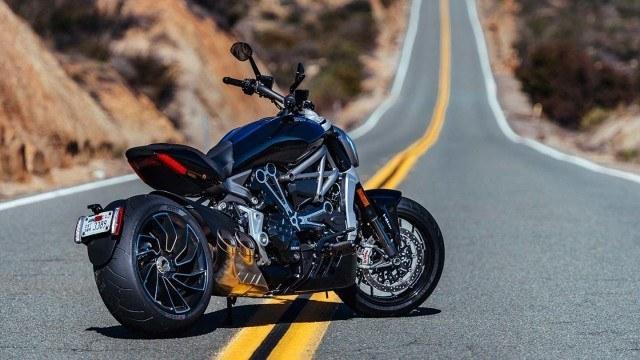 Ducati-001
