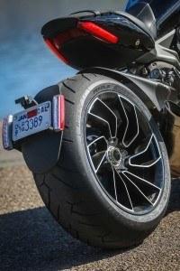 Ducati-007