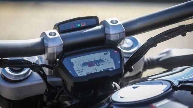 Ducati-008