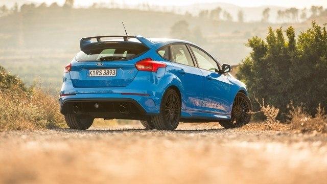 Ford_Focus_RS_2016_LA-2