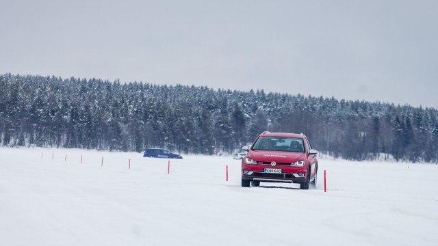 Juha_Kankkunen_Driving_Academy-2
