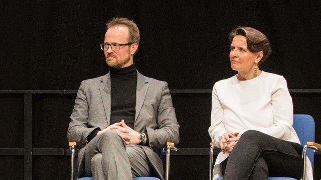 Liikenneministeri Anne Berner kertoi valtiolla olevan tahtotila pyöräilyn kehittämiseen. Pyöräilytohtori Kalle Vaismaan kannustaa kehittämään pyöräilyinfrastruktuuria.