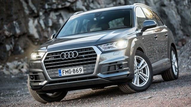 Koeajo: Audi Q7 näkee tien edessään