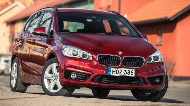 Koeajo: Ongelmallinen, mutta silti malliston paras: BMW 225xe Active Tourer