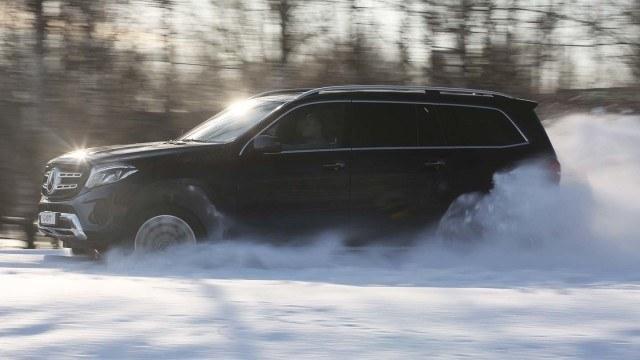 Koeajo: Mercedes-Benz GLS – täydellinen perheauto 180 000 eurolla?