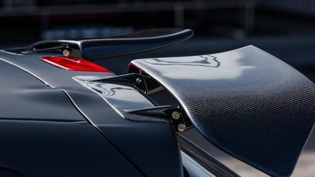 Nissan_Juke-R_2.0_2016_LA-2