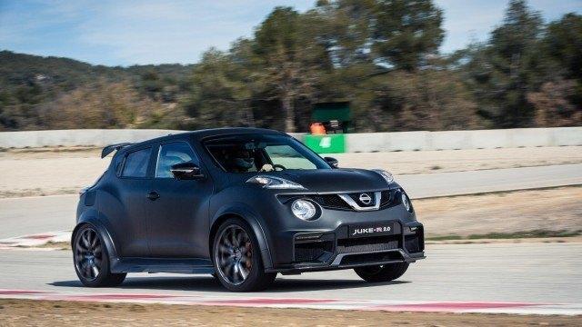 Nissan_Juke-R_2.0_2016_LA-5