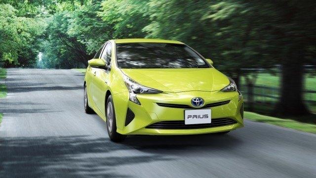 Toyota Prius Thermo-Tect Lime Green 6W7