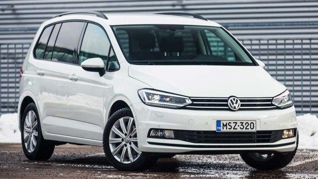 Koeajo: Volkswagen Touran: ei enää penkkitreeniä