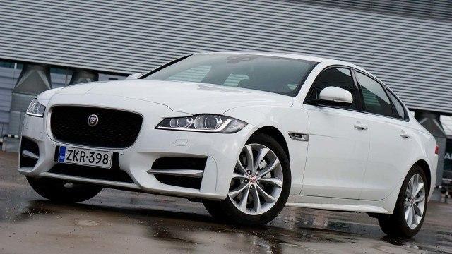Koeajo: Jaguar XF – liikaakin sukunäköä?
