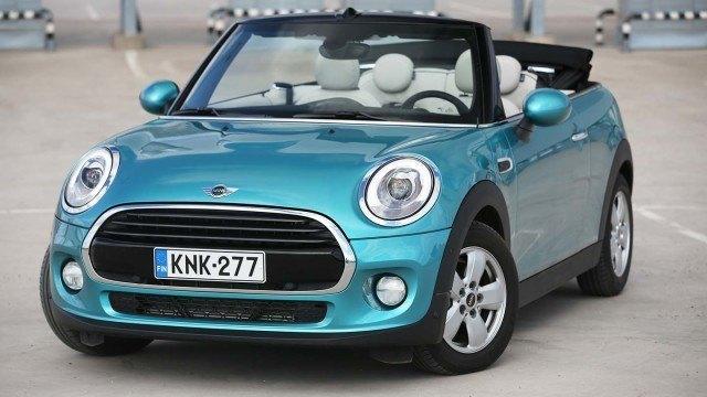 Koeajo: kesäteiden karkki Mini Cooper Cabrio hurmaa persoonallaan