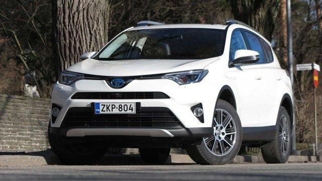 Toyota_RAV4_Hybrid_Premium_2016_PM27