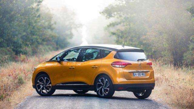 Koeajo: tila-auton ei tarvitse olla tylsä: Renault Scenic