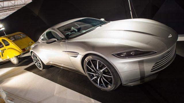 Pariisin konseptikattaus Aston Martin DB10