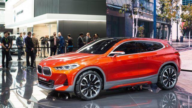 Pariisin konseptikattaus BMW Concept X2