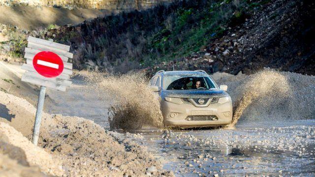 Nissan X-Trail valmistaja