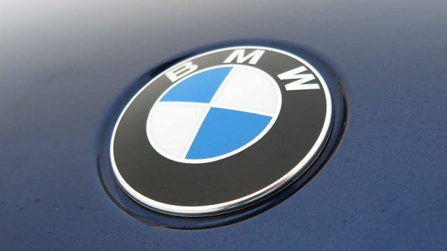Toyota jälleen arvokkain automerkki BMW logo