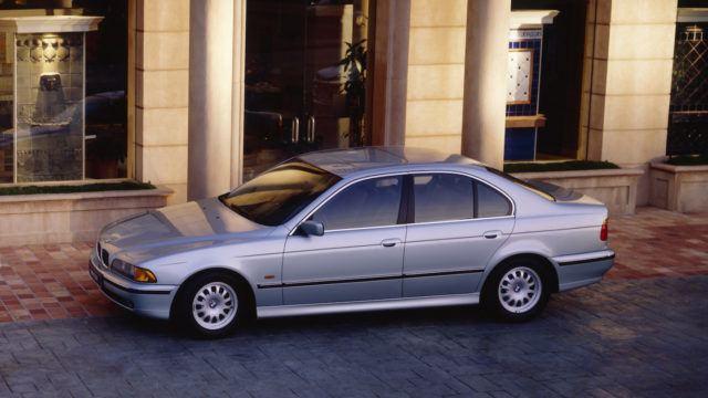 BMW 5-sarjan lyhyt historia
