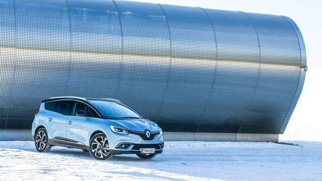 Koeajo: Renault Grand Scenic ja liian isot saappaat