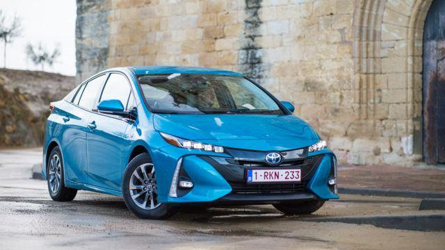 Koeajo: Tavoitteena viimeiset 10% – Toyota Prius Plug-in Active