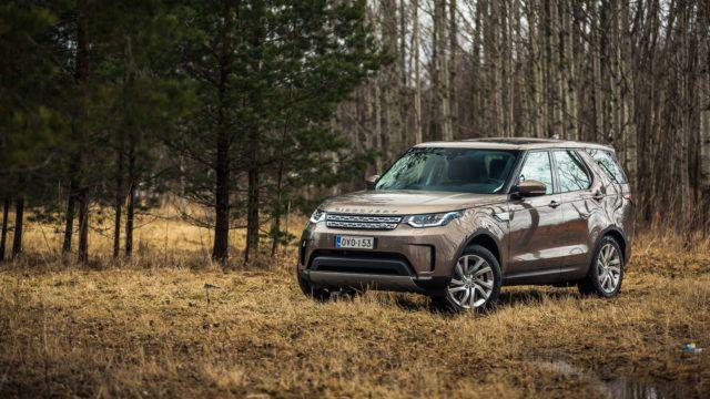 Koeajo: Land Rover Discovery haluaa pois tieltä